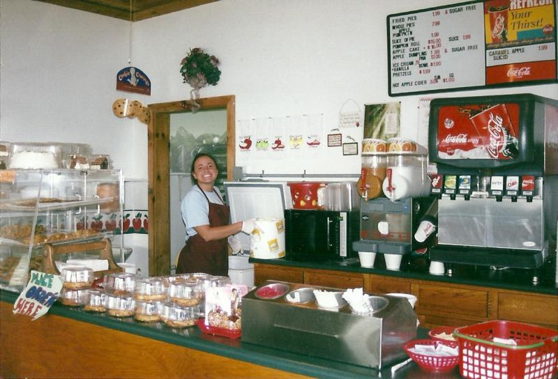 Woodens Apple House Pie Shop